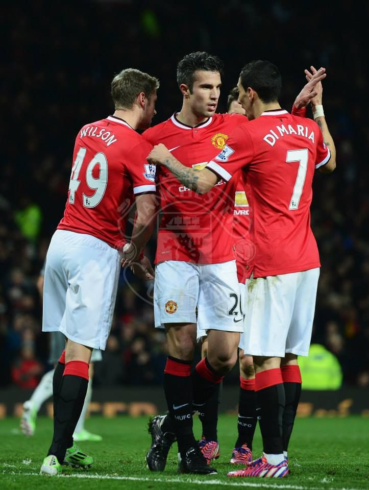 RvP makes it 3-1 after hitting it from the spot, in win over Burnley at Old Trafford.