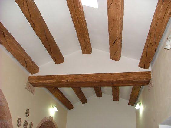 Riproduzione travi: finto legno by Creazioni d'Arte di Giorgio Sedda