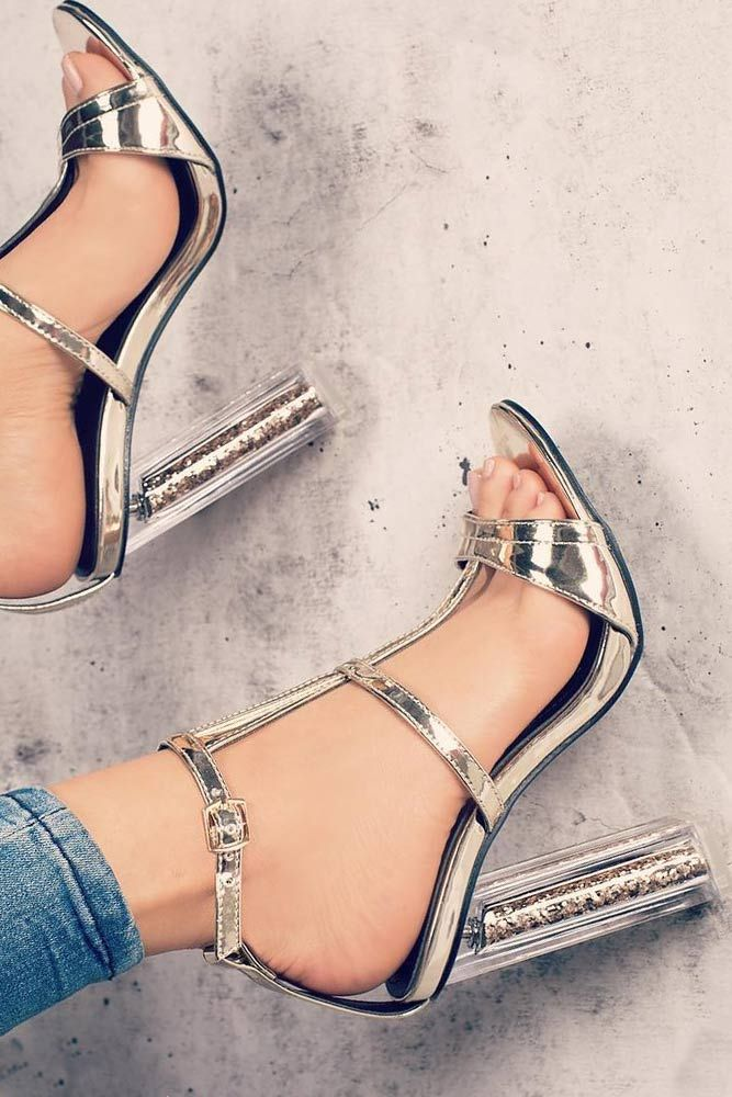 how to choose the right shoes for your feet