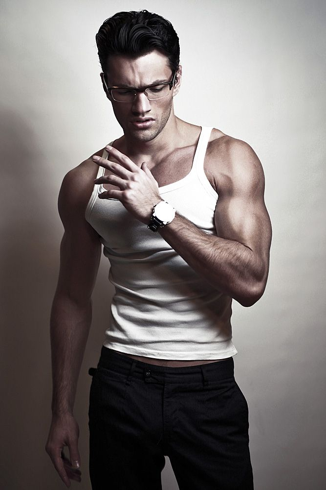12 best Male poses images on Pinterest | Male poses, Full ...