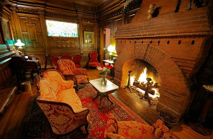Cedar Crest Inn in Asheville, North Carolina | B&B Rental