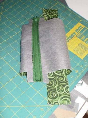 Tutorial - Boxy Cosmetic Bag with higher placed zipper - PURSES, BAGS, WALLETS