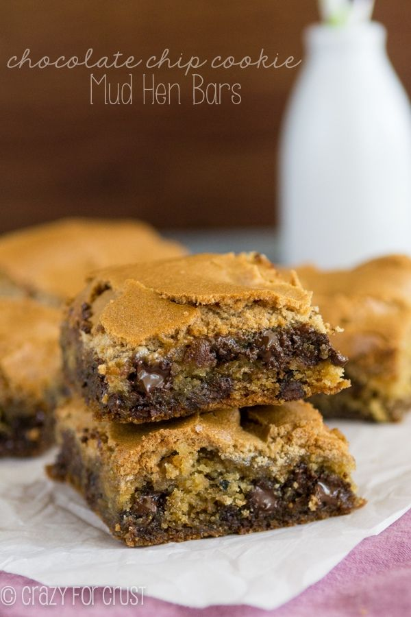 Chocolate Chip Cookie Mud Hen Bars Recipe - melty chocolate chip cookie topped with a brown sugar meringue!