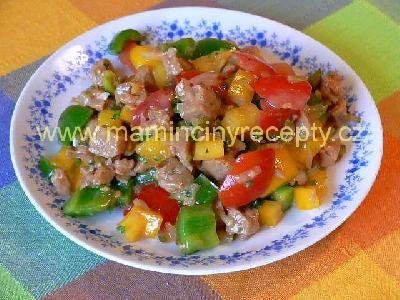 Sojový salát s paprikou