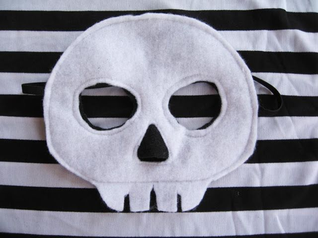 homemade skeleton costume for kids | You've already seen the boys' skeleton costumes , but I failed to ...