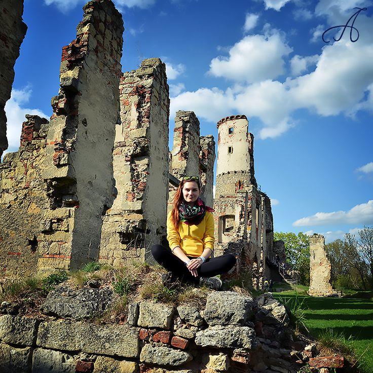 Hrad #Zvířetice, Bakov nad Jizerou, Středočeský kraj #CzechRepublic 2.5.2015 https://instagram.com/p/2qV4IHMnnT/
