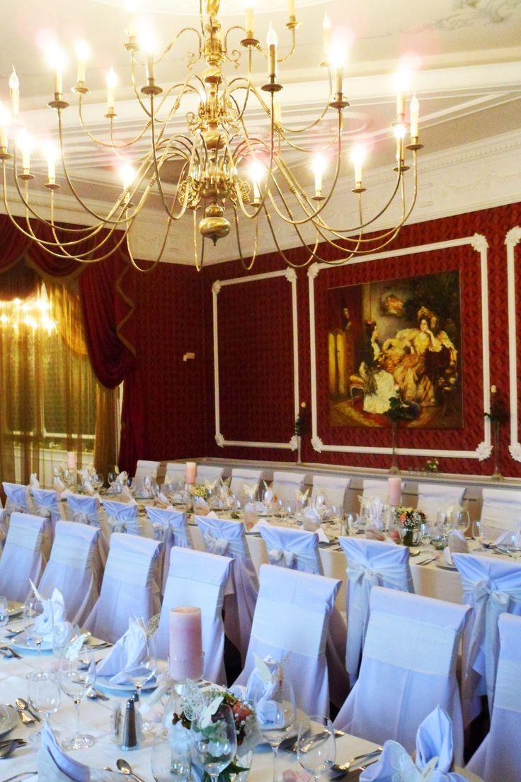 Habsburg éttermünk esküvői díszben
