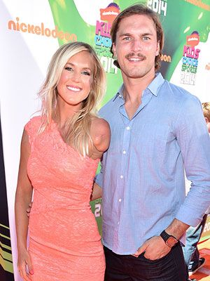 Baby Boy on the Way for BethanyHamilton http://celebritybabies.people.com/2015/02/10/bethany-hamilton-pregnant-adam-dirks-expecting-first-child-son/