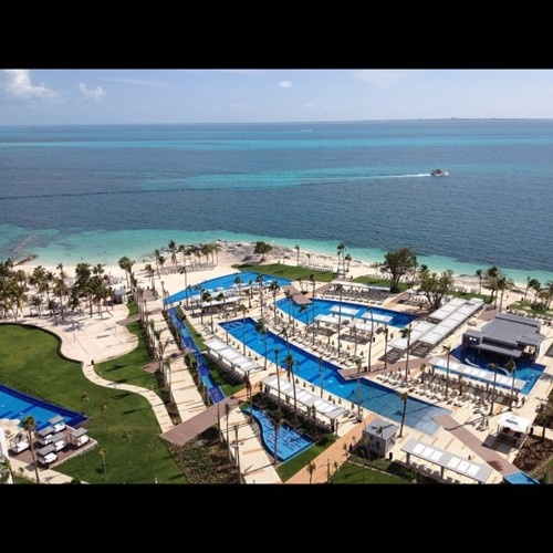 Hotel riu palace peninsula cancun view deals riu all for Black friday vacation deals all inclusive