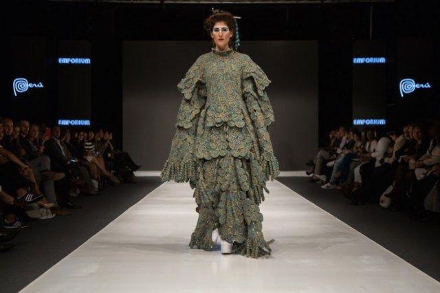 jorge-salinas-fashion-25-700x466