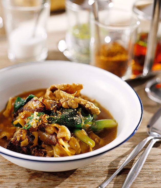 """David Thompson: Charred rice noodles and chicken with thickened """"gravy"""" (Raat nar gai) - Gourmet Traveller"""