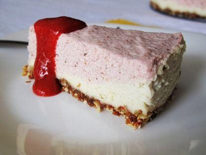 raw strawberry cream cake