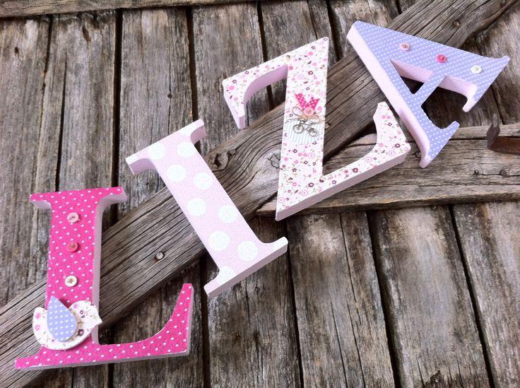 LIZA egyedileg díszített polisztirol habbetűk igény szerinti színvilággal és egyéni/egyedi stílusban rendelhetők.  A betűk 19cm magasak és a 3cm szélesek. #### name, letters handmade, baby, gift ,név, betűk, kézzel készült, bébi, ajándék...