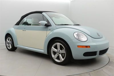 2010 Volkswagen New Beetle Final Edition convertible http://www.iseecars.com/used-cars/used-volkswagen-new-beetle-for-sale