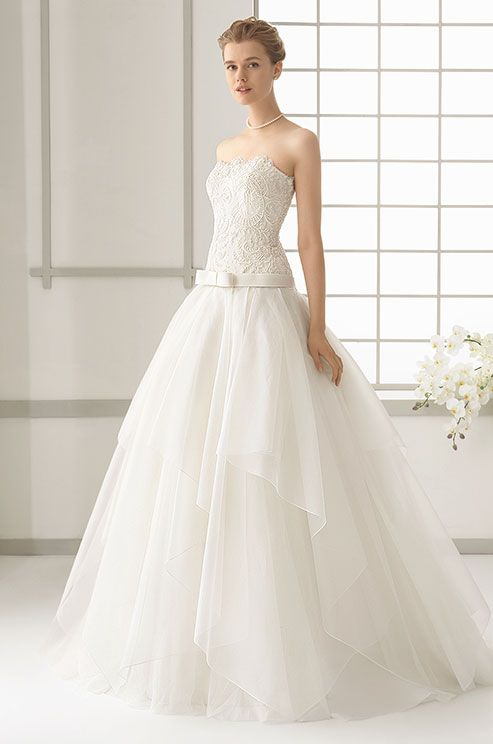 The 253 best Strapless Wedding Dress images on Pinterest | Short ...