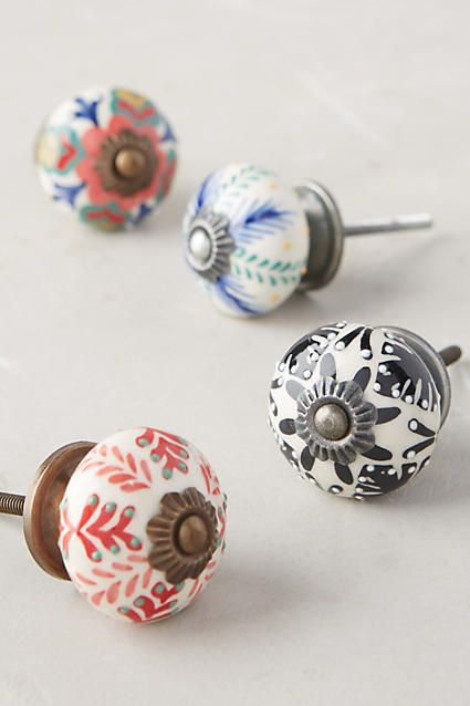 Painted ceramics knobs