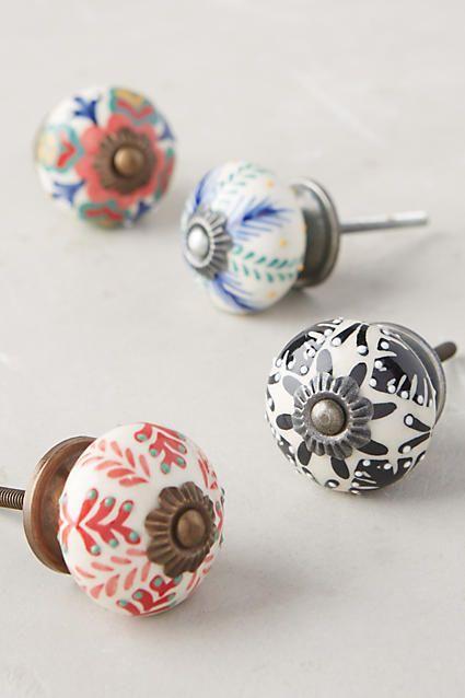 Painted ceramics knobs