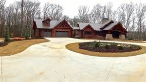 Casa de Brantley Gilbert em Georgia, U.S