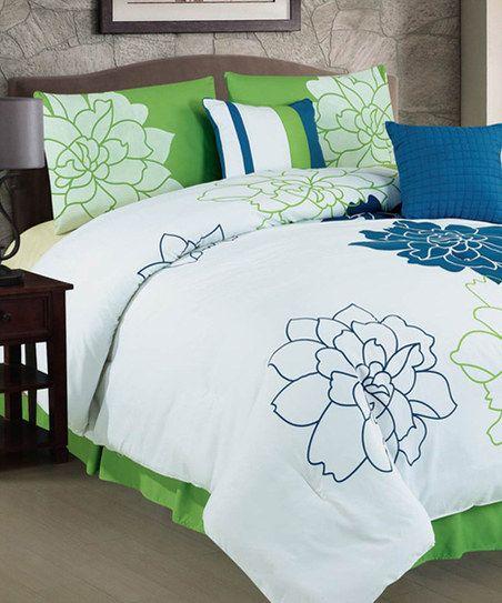 Green Luxury Comforter Set - Pretty for spring