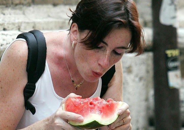 Il #gusto dell'#estate? Per #italiani è #anguria e #birra #Sondaggio #Groupon, per 7 europei su 10 è invece il #gelato