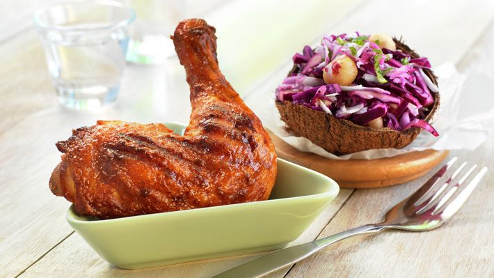 Grillet kyllinglår med kålsalat - Rask - Oppskrifter - MatPrat