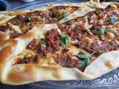 Içli pide (Turks gevuld platbrood) #Turkseten #Turkishfood