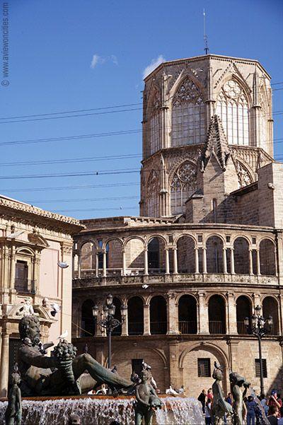 Uno de los lugares favoritos de muchos turistas que pasan día a día por Valencia. ¿Quieres verlo en persona? Reserva tu estancia en www.confortelaqua.com
