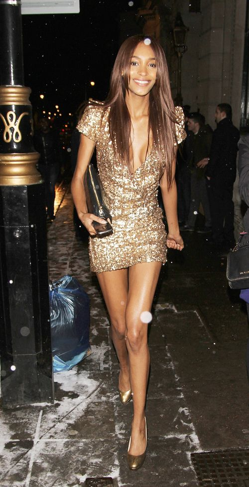 17 Best ideas about Vegas Party Dresses on Pinterest | Glitter dress Gold dress outfits and ...
