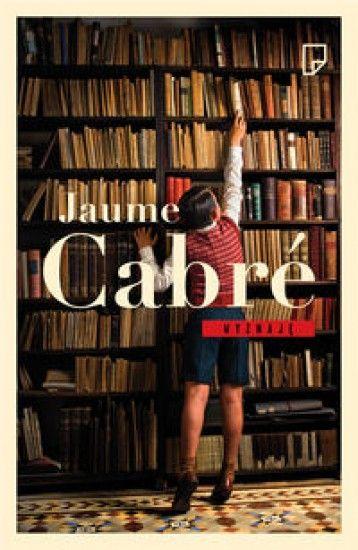 """""""Wielka powieść europejska"""", """"przełom w literaturze"""", """"powieść-katedra o idealnych proporcjach i epickim, pełnym kunsztownych detali wykonaniu"""", """"książka, która przeżyje nas wszystkich"""". """"Wyznaję"""" zachwyca czytelników i krytyków. Tę książkę czyta niemal cała Europa! To trzymające w napięciu do ostat"""
