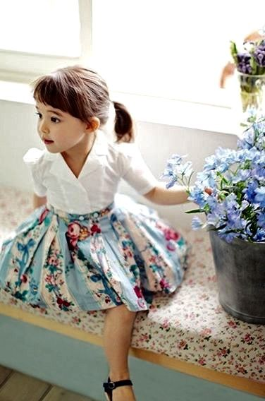 Zo mooi! Nostalgische jurk! Zou Boke kadooke prachtig vinden...