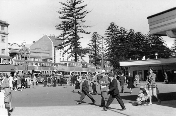 https://flic.kr/p/dJwo9L   Peak hour at Manly wharf   Manly NSW. Photoscan.