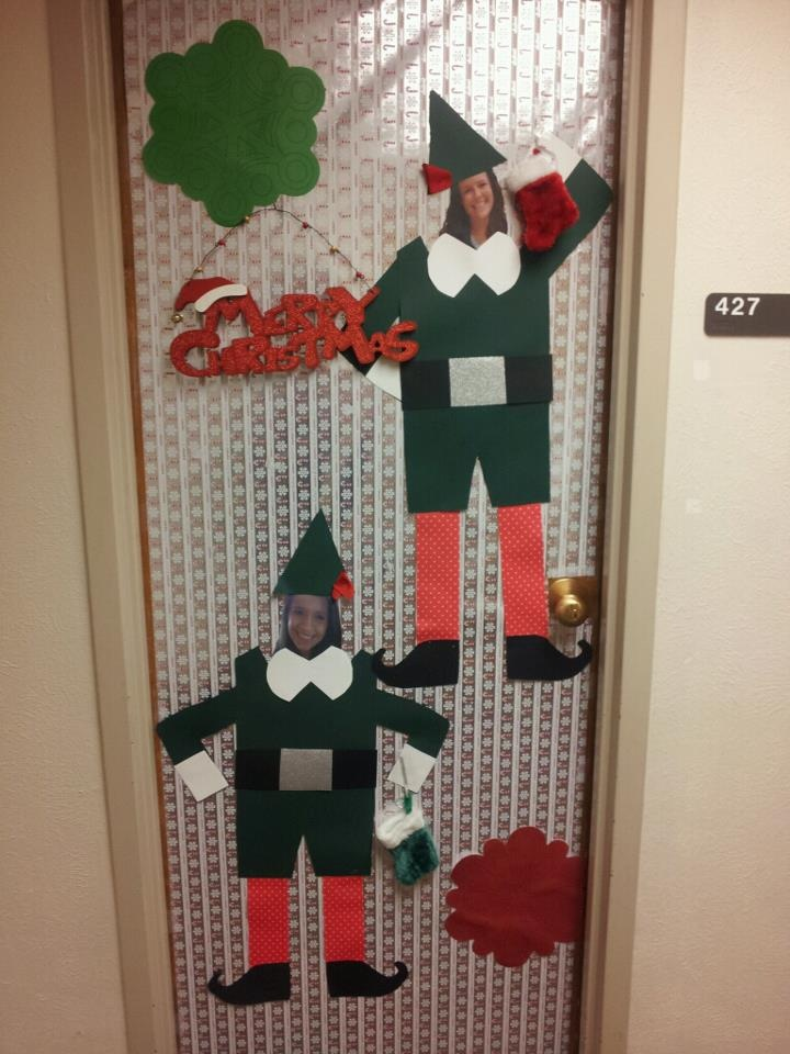 1000 images about christmas door decorations on pinterest for Elf door decoration