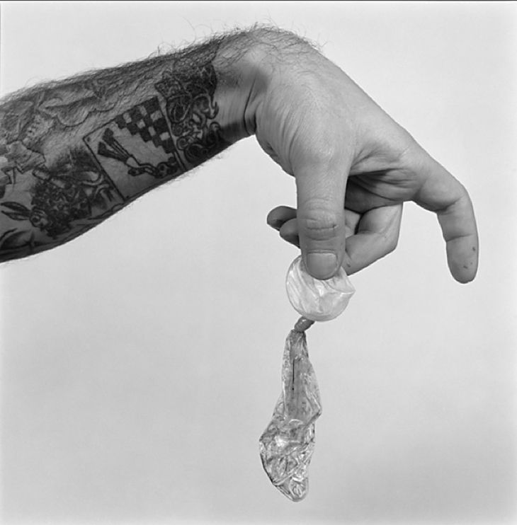 garcia-alix Autorretrato. Una pequeña historia de amor, 1995  Gelatin silver print  197/10× 233/5in  50 × 60 cm