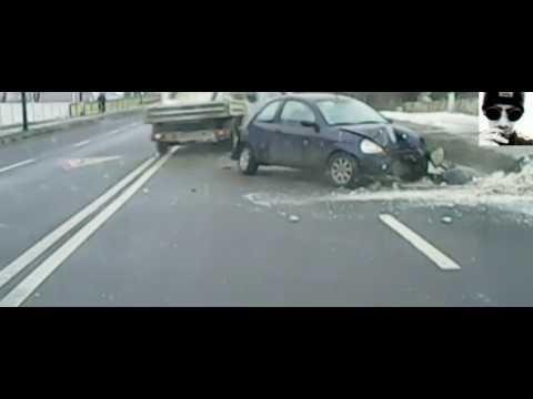 Accident in Bacau, surprins de camera de bord