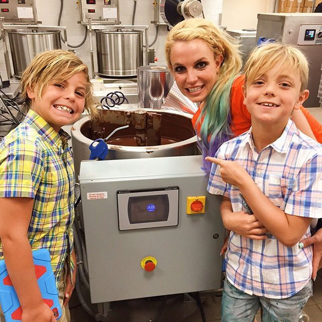Pin for Later: Hilary Duff, Gisele Bündchen, and More Shared Cute Kiddo Snaps This Week!  Britney Spears visited a chocolate factory with her boys, Jayden and Sean.