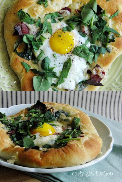 Breakfast Pizza with Turkey Bacon and Spinach, Fontina and Gruyere, and an Egg...by curlygirlkitchen #Breakfast_Pizza #curlgirlkitchenBreakfast Brunches, Eggs Bi Curlygirlkitchen, Breakfast Pizza, Fontina, Gruyere, Spinach, Breakfast Food, Breakfastpizza, Turkey Bacon