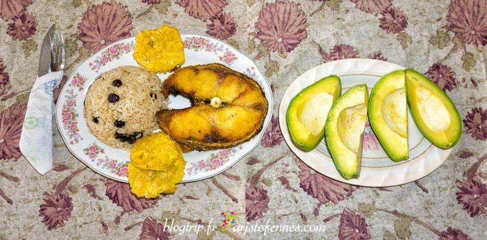 Bagre frito de la costa caribe de Colombia en cartagena