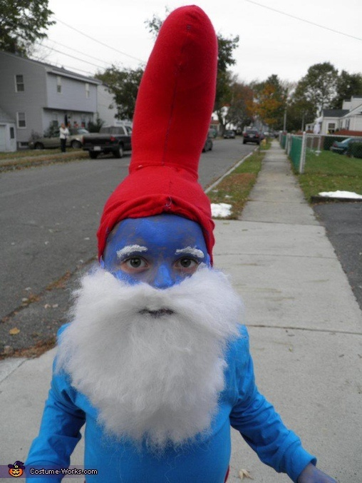 59 best smurfs images on pinterest smurf costume the smurfs and diy papa smurf costume my future child would hate me bahahahahaha solutioingenieria Images