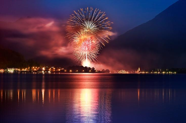 Die Seefeste mit Brilliantfeuerwerk rund um den Tegernsee