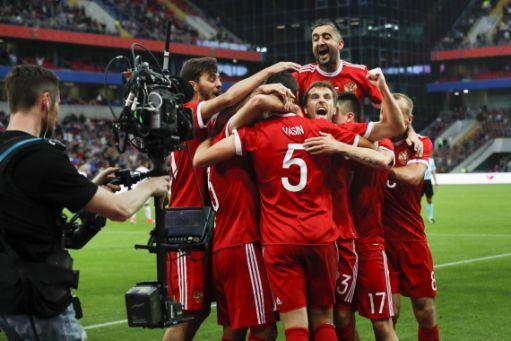 Russia, FIFA reach last-gasp TV deal for Confederations Cup