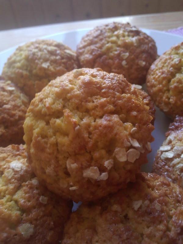 Muffins de maçã e flocos de aveia