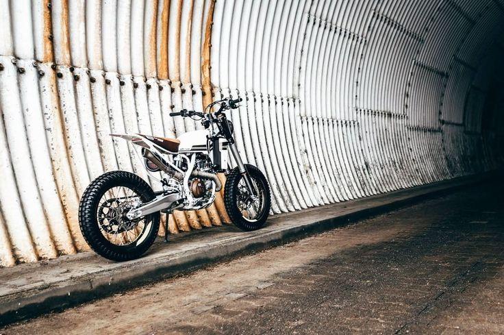 2017 Husqvarna 501 Street Tracker by Loonics (@loonics) - #LOON #motorcycles #streettracker #motos | caferacerpasion.com