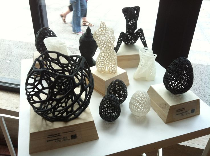 3D printed sculptures designed by Nervous System, Dizingof and me  http://parametric-art.com