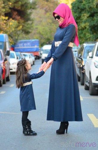 esettür Elbise Anne Kız