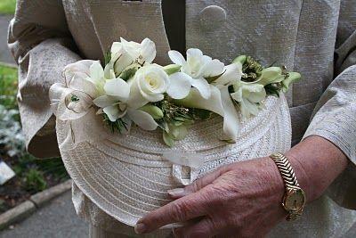 Cream Handbag Corsage