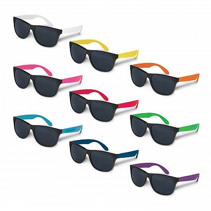 Fashion sunglasses with a black polypropylene frame and coloured polypropylene arms. Fitted with CE standard 100% UB 400 protection lenses which provide both UVA and UVB protection. Great colour range available.
