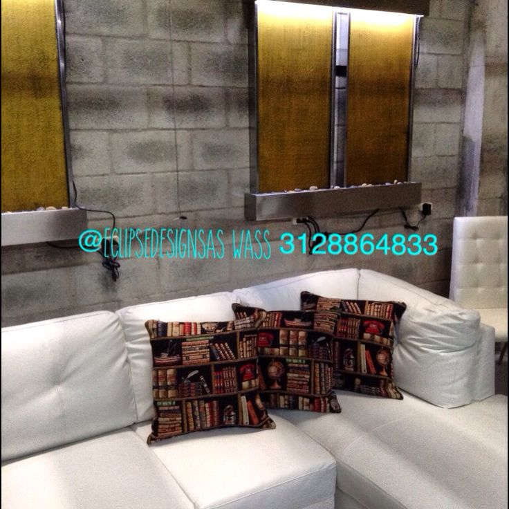 Sofá cuero cojines decorativos espejos de agua 57 3128864833 wass