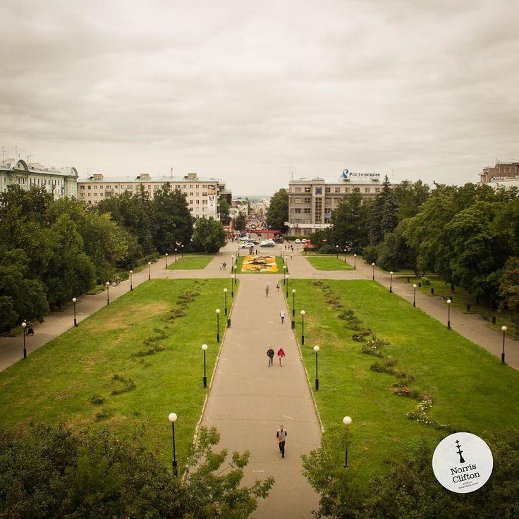 #Aerial view of the #park and #garden within #Gorky square in #nizhnynovgorod  Photo by @tsalansky with assistance from @slava_timoshenko  #drone #droneoftheday #dronegear #aerialphoto #AerialPhotography #DJIPhantom #DJI #GoProHero #gopro #UAS #UAV #Travel #picoftheday #аэросъемка #аэрофото #дроны #гоупро #камера #кремль #квадрокоптер #аэрофотосъемка #BuffaloNY #russian #Russia by norrisclifton