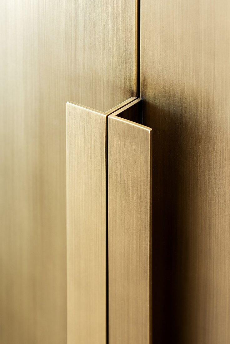 Door Handles For Kitchen Units 25 Best Ideas About Wardrobe Door Handles On Pinterest Wardrobe