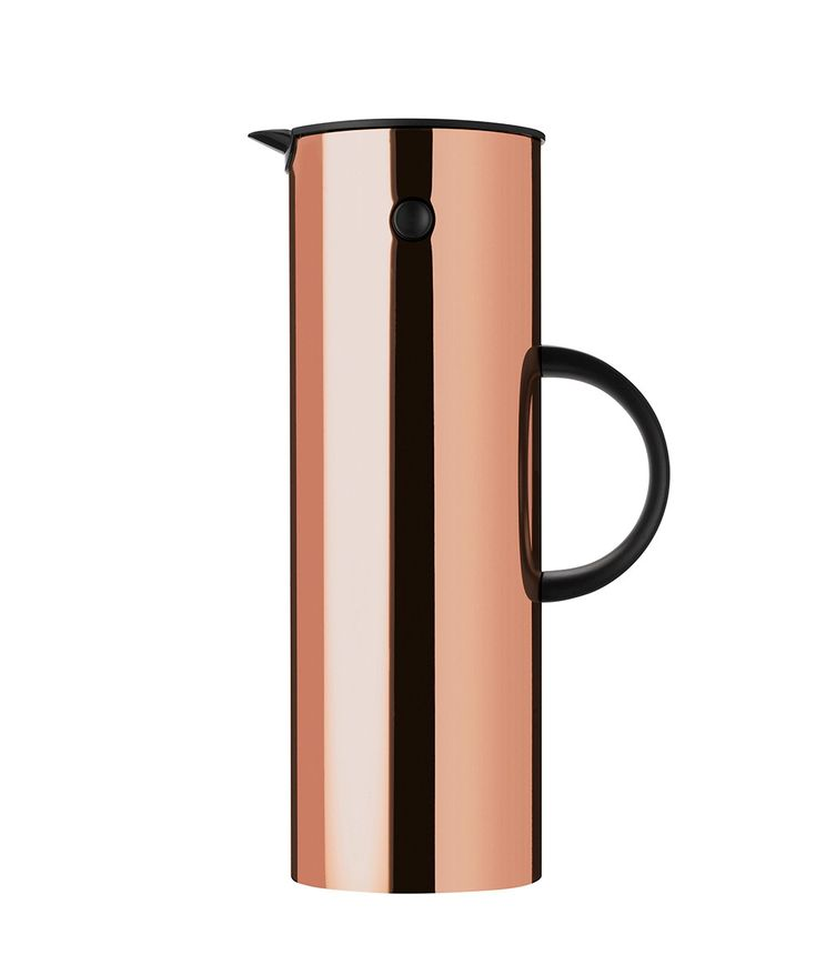 The Stelton EM77 vacuum jug with the unique rocker stopper was created by Erik Magnussen and is one of Stelton's best-selling designs ever. | huntingforgeorge.com